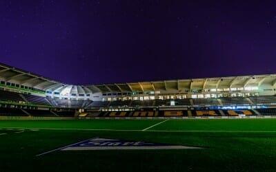 BILDESERIE | Natt på Sparebanken Sør Arena